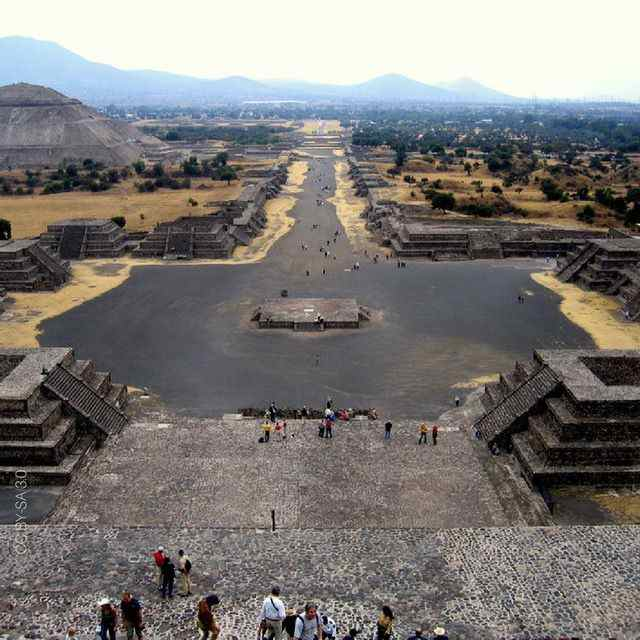 teotihuacan mexico birds eye view