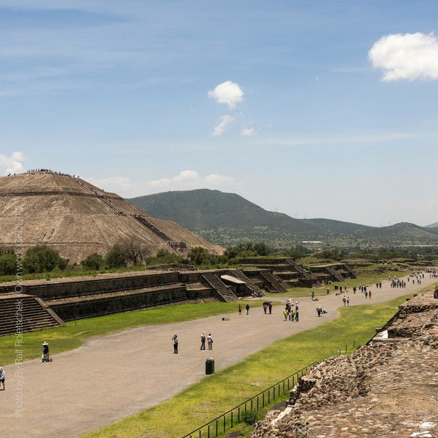 pyramids in mexico best way to see