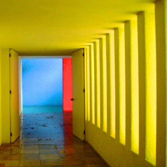 Gilardi luis barragan private tour mexico city